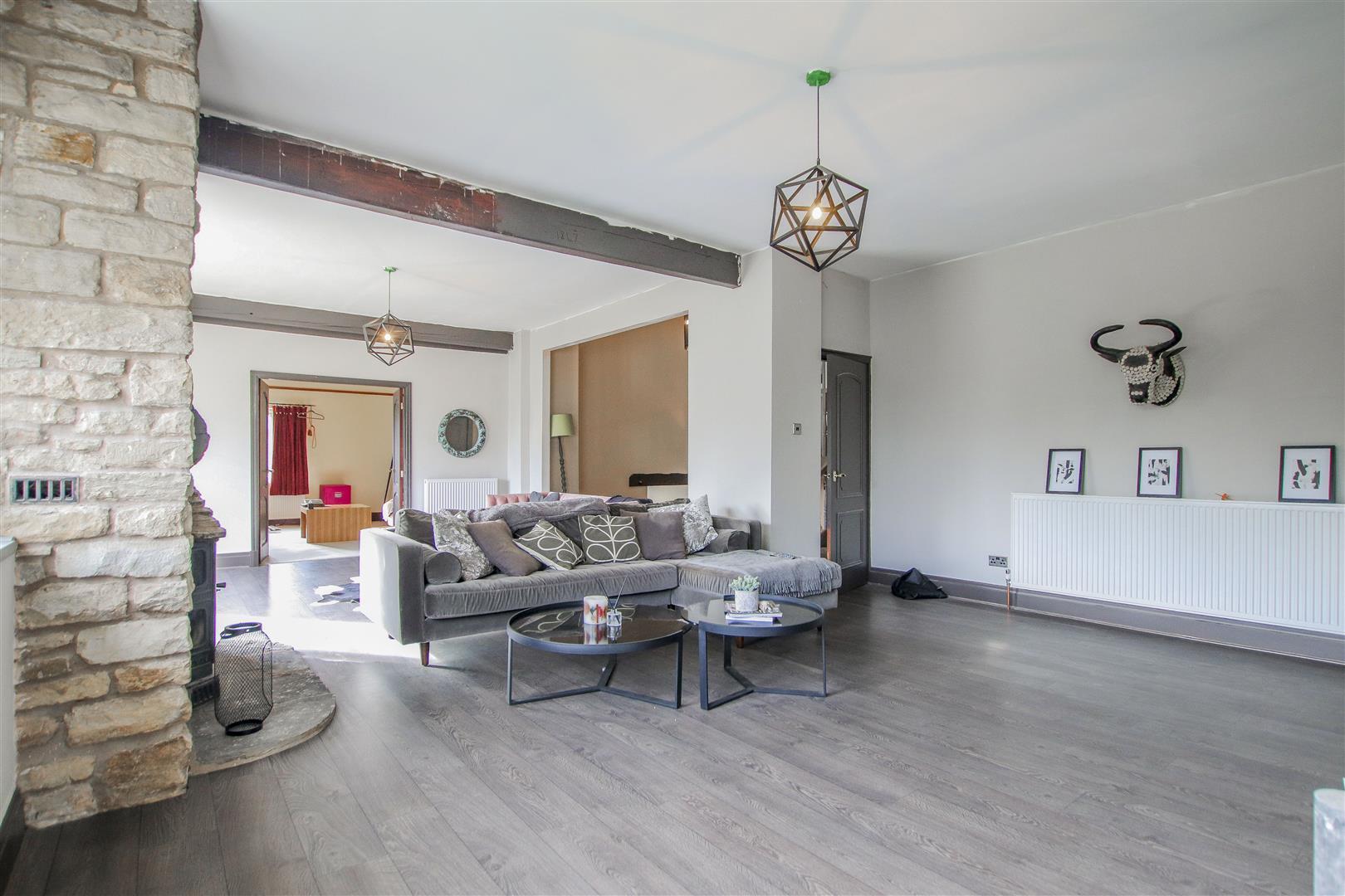 6 Bedroom Barn Conversion For Sale - 2.JPG